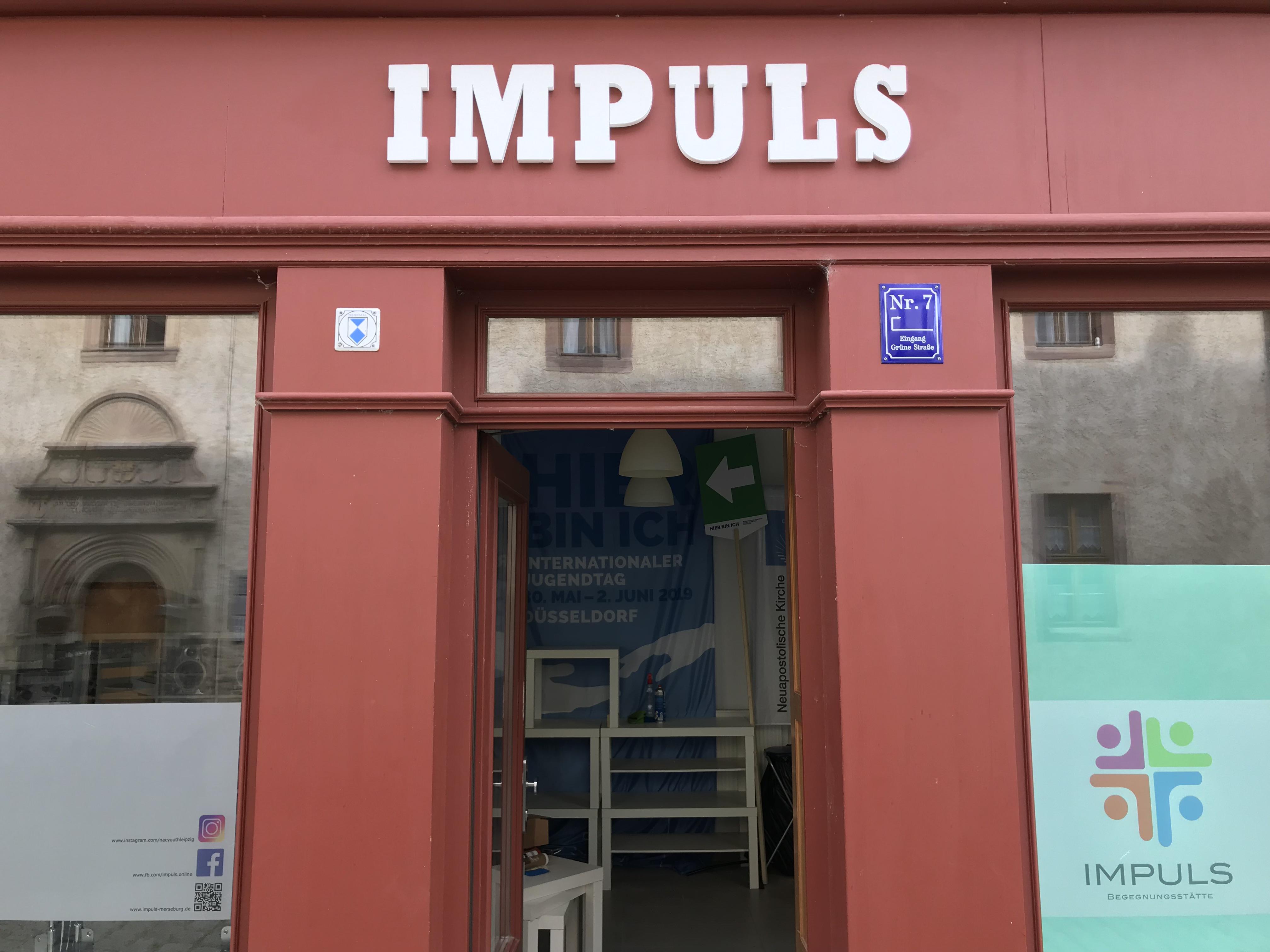 IMPULS Straßenseite